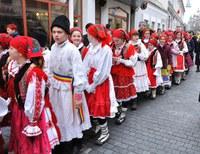 """A noua ediție a Festivalului """"Noi umblăm a colinda"""""""