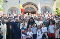 """Aniversare la biserica """"Izvorul Tămăduirii"""" din Oradea 80 de ani de la târnosirea bisericii"""