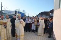 Biserica nouă din Topa de Sus târnosită de Chiriarhul Oradiei