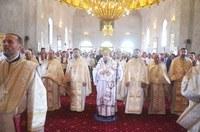 Cea dintâi Liturghie arhierească în noua biserică din Voivozi-Șimian