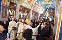Chiriarhul Oradiei a binecuvântat înnoirile  de la biserica Sfântul Ierarh Nicolae din Oradea-Nufărul