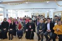 Chiriarhul Oradiei a binecuvântat pe bolnavii de scleroză multiplă din Oradea