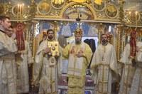 Chiriarhul Oradiei a instalat un nou paroh la  biserica Izvorul Tămăduirii din Oradea