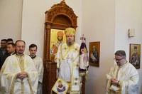Chiriarhul Oradiei a slujit în paraclisul de la Maternitatea din Oradea