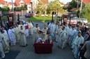"""Chiriarhul Oradiei a târnosit biserica Centrului pastoral-social """"Vasiliada"""" din Oradea"""
