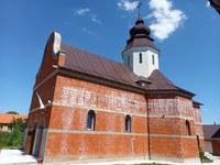 Chiriarhul Oradiei a târnosit noua biserică din enoria Voivozi-Șimian
