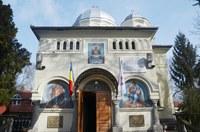 Chiriarhul Oradiei a vizitat  biserica Izvorul Tămăduirii din Oradea
