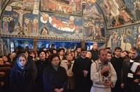 Chiriarhul Oradiei la hramul vechii biserici de lemn de la Mănăstirea Izbuc