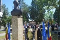 Dezvelirea și sfințirea bustului Voievodului Mihai Viteazul la Aleșd