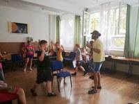 """Educaţie non-formală în limba engleză la Liceul Ortodox """"Episcop Roman Ciorogariu"""" Oradea"""