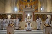 Învierea Domnului, cea mai sfântă sărbătoare a Creștinătății.  Hramul Catedralei Episcopale din Oradea