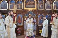 Liturghie arhierească în biserica parohială din Mihai Bravu