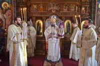 Liturghie arhierească în biserica parohială din Oradea-Podgoria