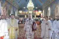 Liturghie arhierească în parohia Călacea din Eparhia Oradiei