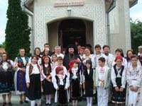 Liturghie arhierească în Parohia Husasău de Criş