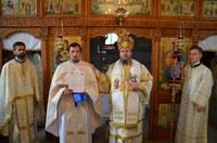 Liturghie arhierească în parohia Șuștiu din Eparhia Oradiei