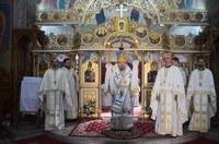 Liturghie arhierească la biserica Izvorul Tămăduirii din Oradea