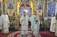 Nou preot coslujitor instalat în parohia Oradea-Velenţa I