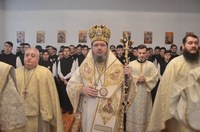 """Praznicul Întâmpinării Domnului la  Liceul Ortodox """"Episcop Roman Ciorogariu"""" din Oradea"""