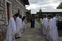 Primul dintre hramurile Mănăstirii Izbuc din acest an,  sărbătorit în vinerea Săptămânii Luminate