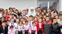 Școala şi Biserica susțin educația elevilor de la sate şi orașe