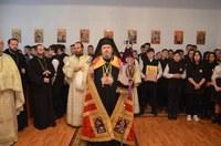 """Sfinții Trei Ierarhi cinstiți la Liceul Ortodox  """"Episcop Roman Ciorogariu"""" din Oradea"""