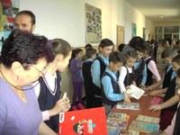 Târg de carte cu caracter caritabil la Liceul Ortodox din Oradea