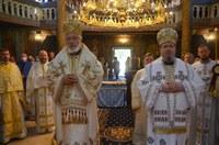 Veșmântul Sfintei Mucenițe Filofteia, un nou odor de mare cinste  în Episcopia Oradiei Mari