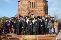Vizită arhierească la hramul parohiei Sfântul Apostol Andrei din Oradea